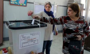 Woman voting 2